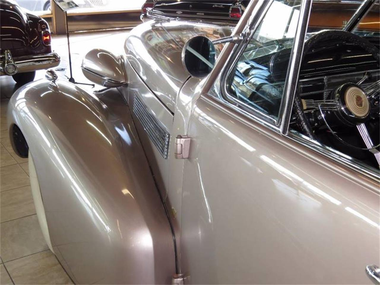 Large Picture of Classic 1939 Sixty Special - L47X