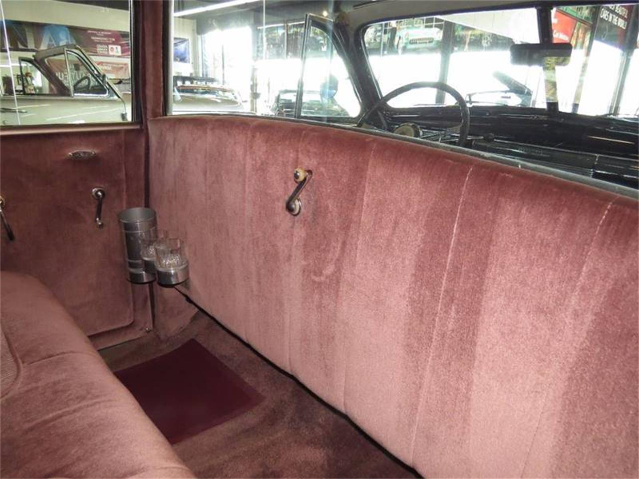 Large Picture of Classic '39 Cadillac Sixty Special located in Illinois Offered by Baltria Vintage Auto Gallery - L47X