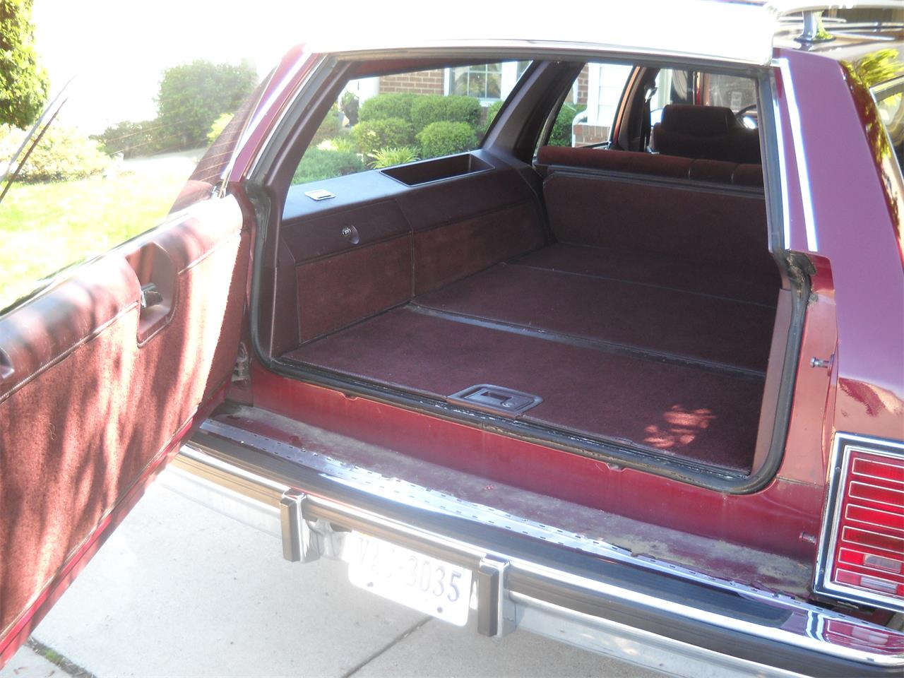 Large Picture of '88 Pontiac Safari Offered by a Private Seller - L4G0