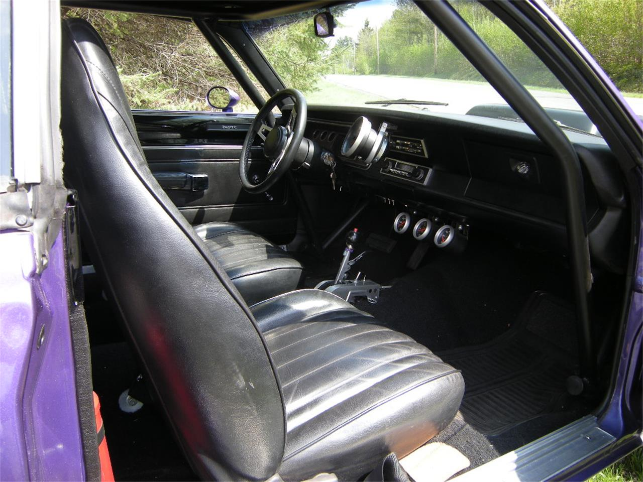 Large Picture of 1971 Duster - L4GO