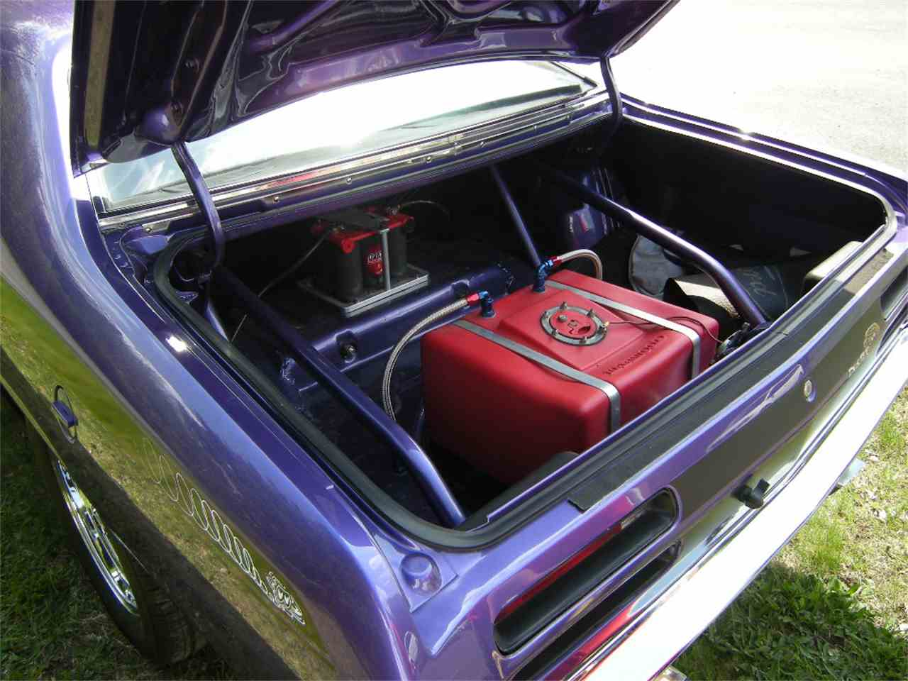 Large Picture of '71 Duster - L4GO