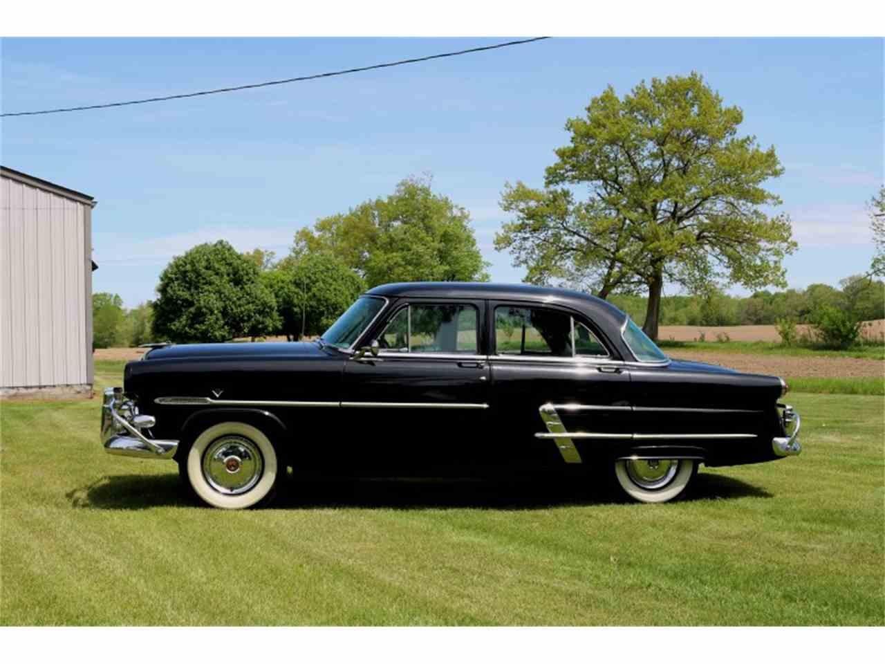 1953 ford customline for sale cc 985644. Black Bedroom Furniture Sets. Home Design Ideas