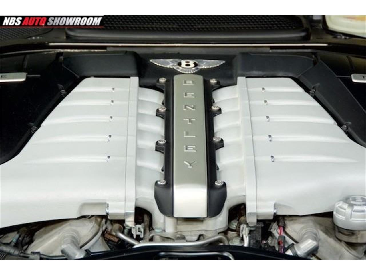Large Picture of 2006 Continental - $41,000.00 Offered by NBS Auto Showroom - L512