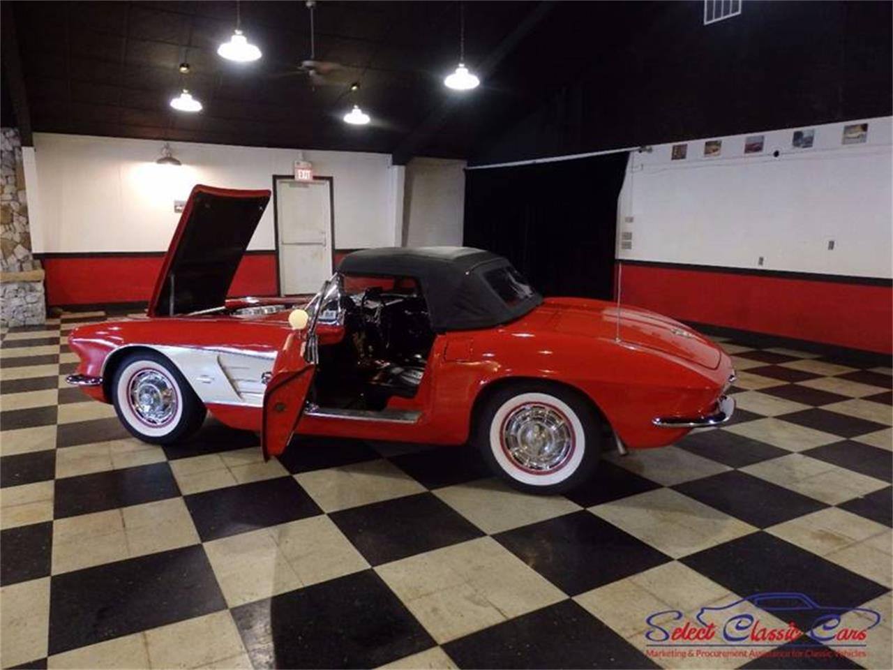 Large Picture of Classic 1961 Chevrolet Corvette located in Georgia Offered by Select Classic Cars - L521