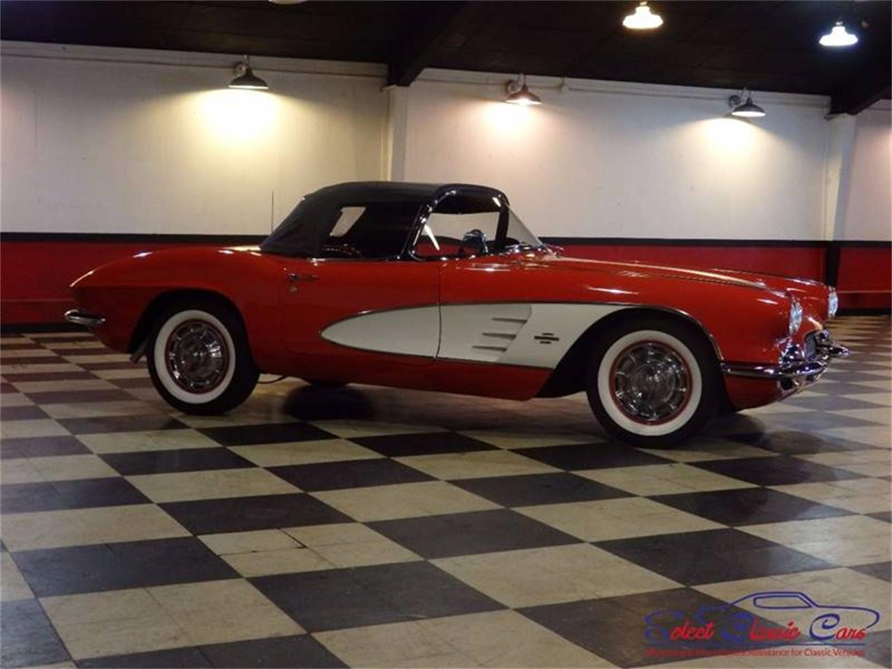 Large Picture of Classic 1961 Corvette Offered by Select Classic Cars - L521