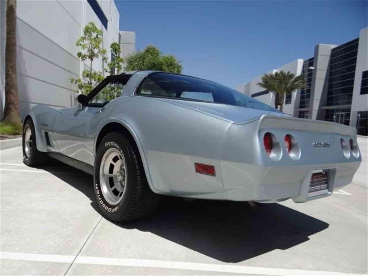 Large Picture of '82 Corvette - L52C