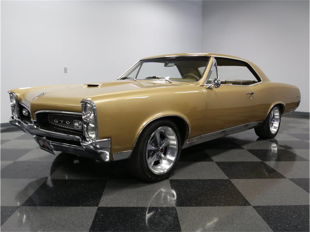 Large Picture of Classic 1967 GTO Offered by Streetside Classics - Charlotte - L52I