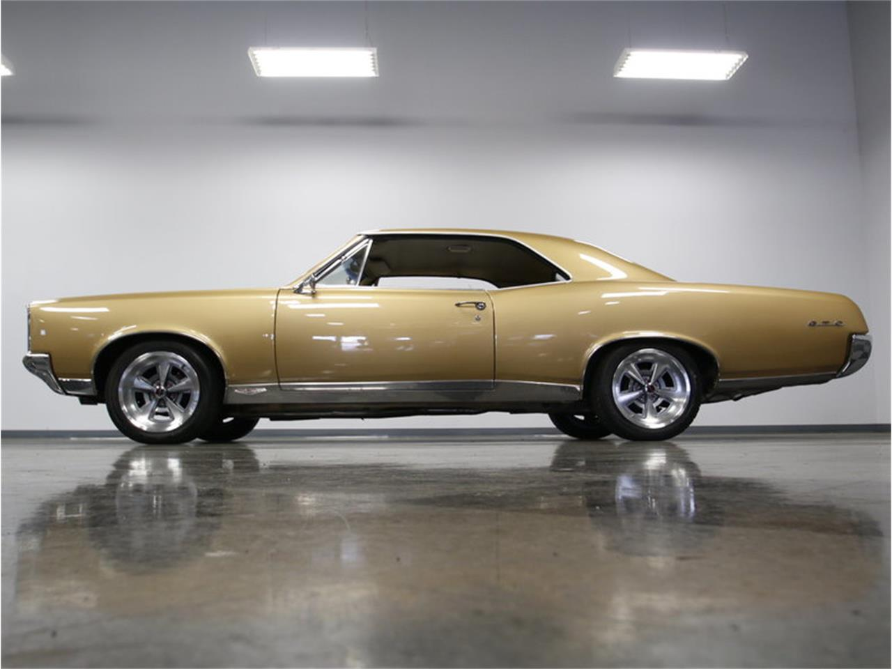 Large Picture of 1967 GTO - $51,995.00 - L52I
