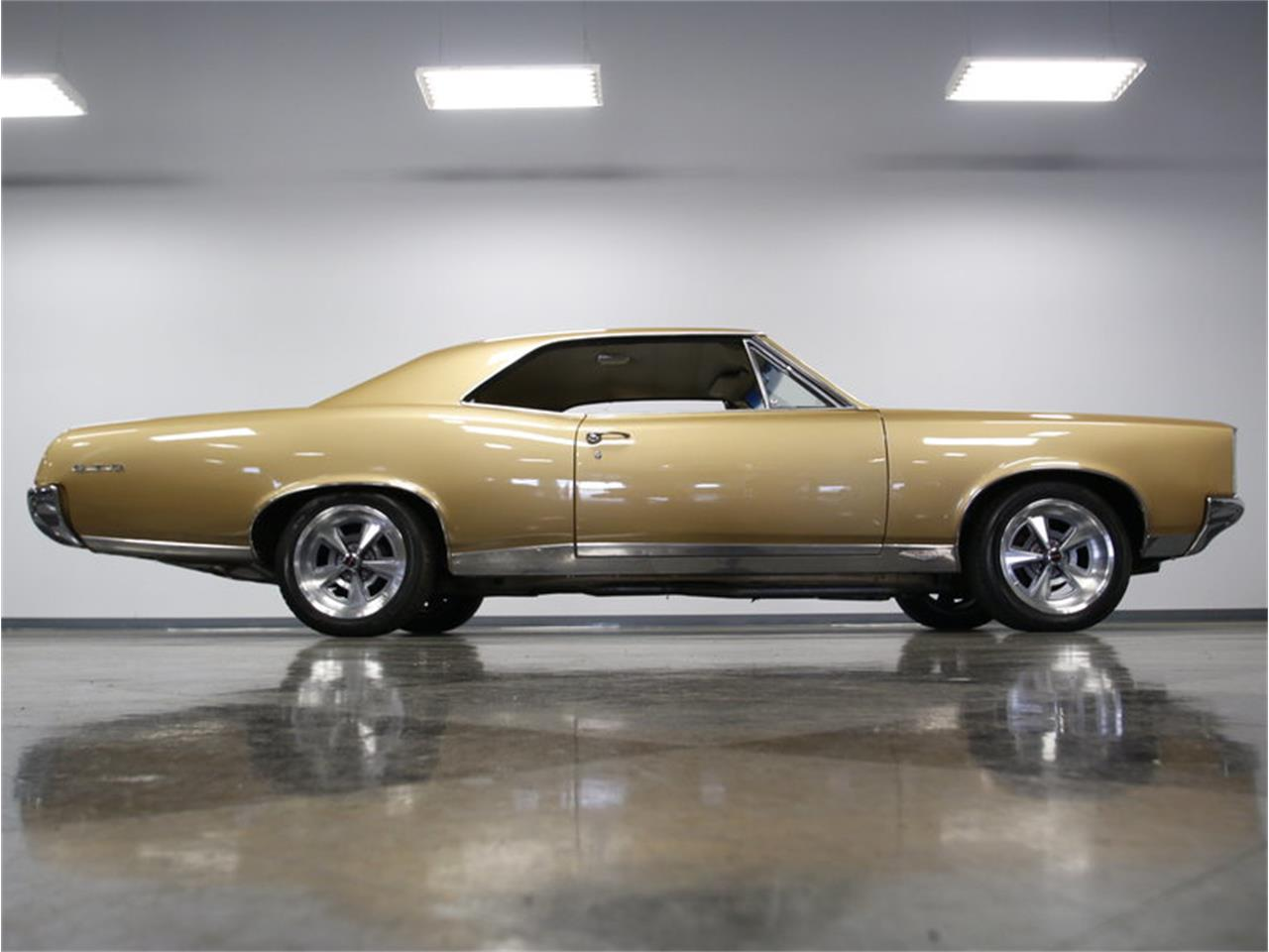 Large Picture of Classic 1967 Pontiac GTO located in North Carolina - L52I