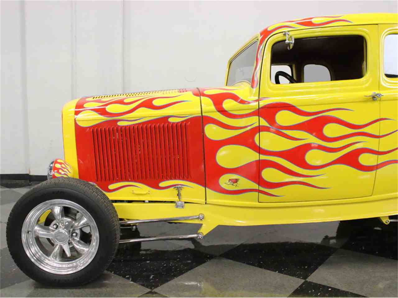 Large Picture of '32 5-Window Coupe - L56A