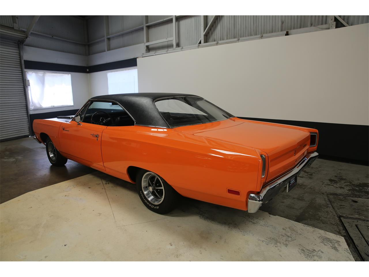 Large Picture of 1969 Plymouth Road Runner - L56B