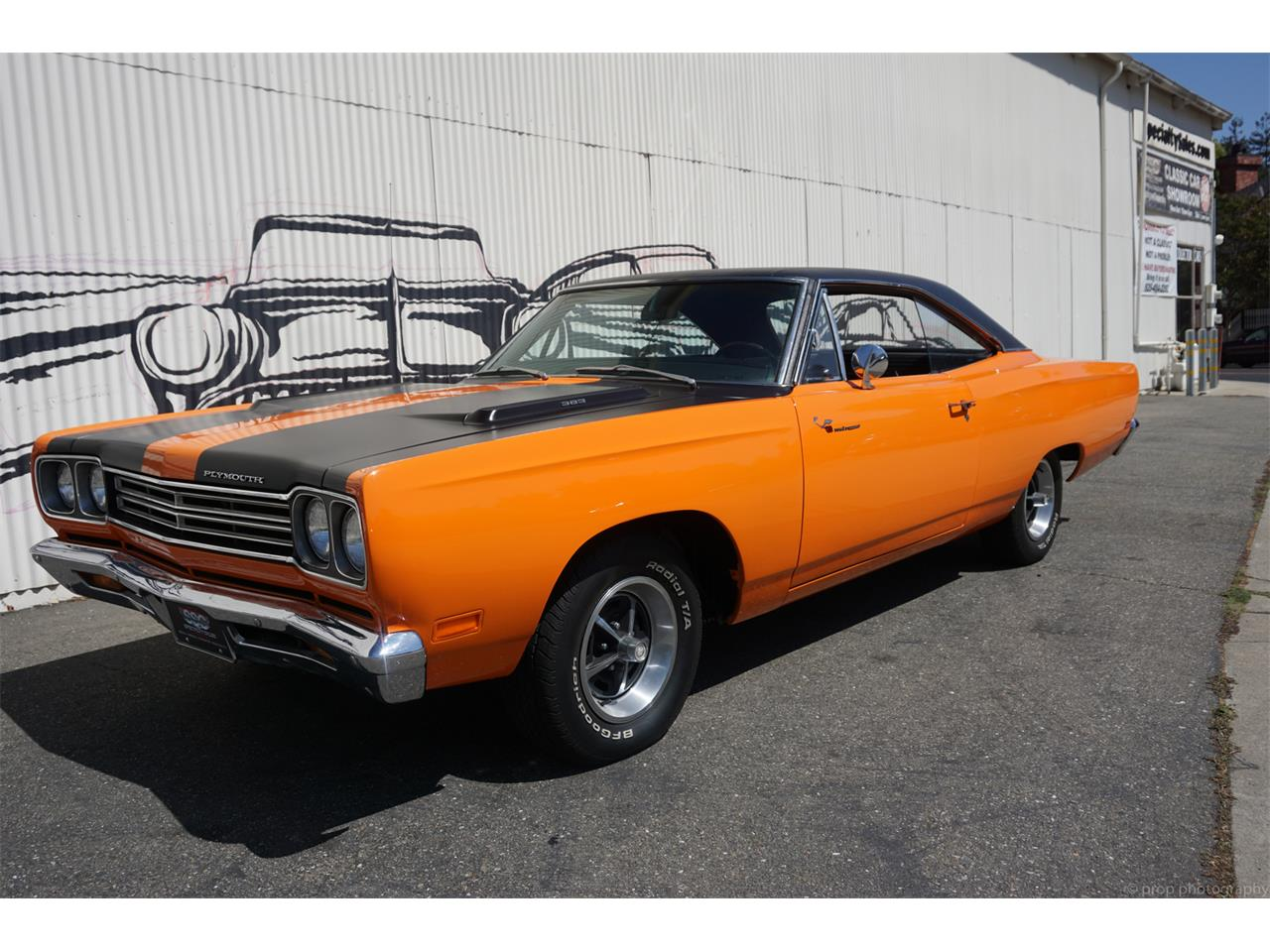 Large Picture of Classic 1969 Plymouth Road Runner located in California Offered by Specialty Sales Classics - L56B