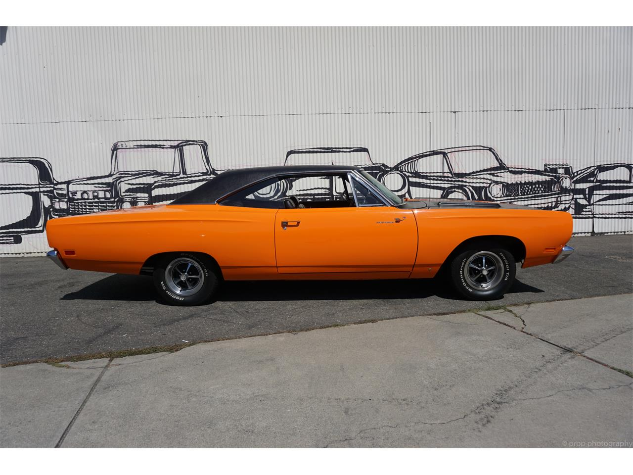 Large Picture of Classic 1969 Plymouth Road Runner - $40,990.00 - L56B