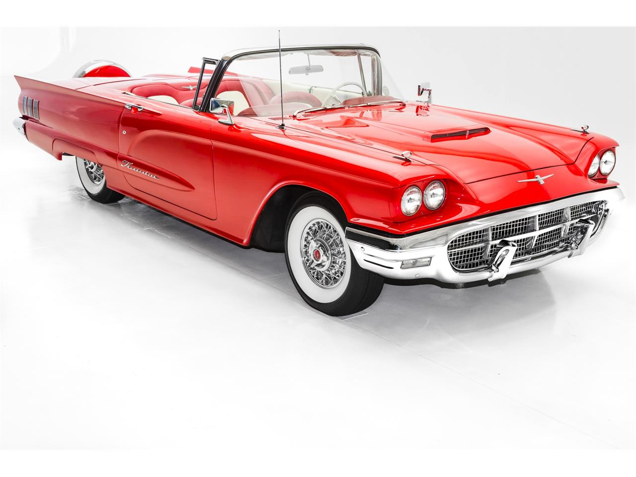 Large Picture of '60 Thunderbird - L56O