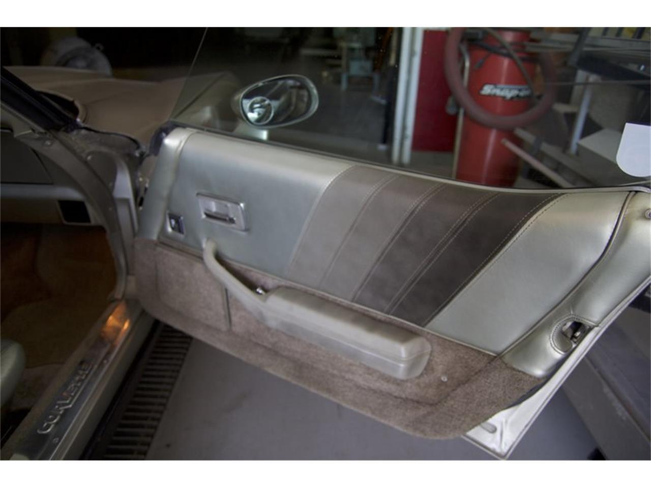 Large Picture of '82 Corvette - L58G