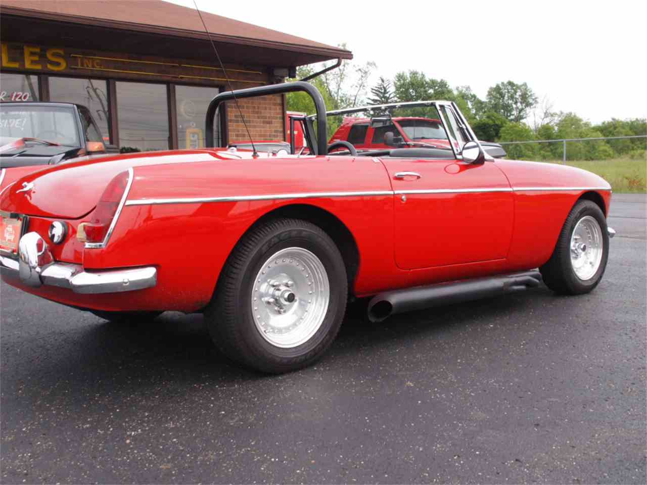 Large Picture of Classic 1968 MG MGB located in North Canton Ohio - $28,500.00 - L59M