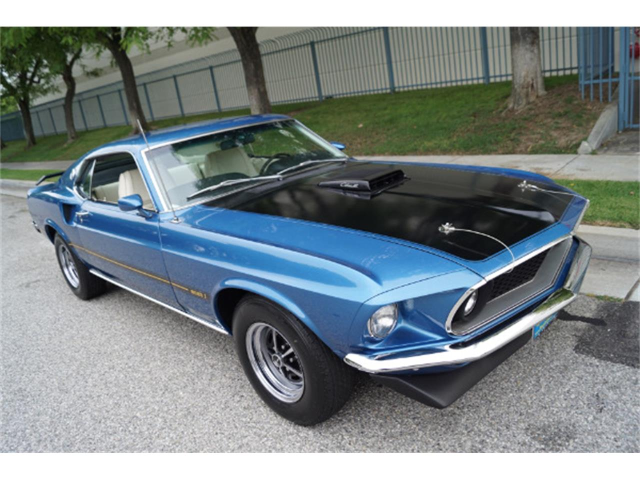 Large Picture of '69 Mustang Mach 1 - L5AR
