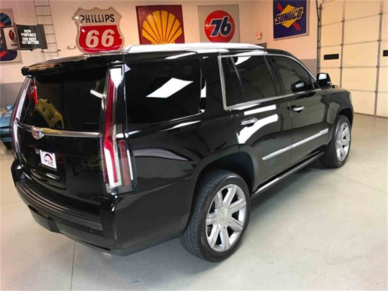 Large Picture of '16 Escalade - L5BD