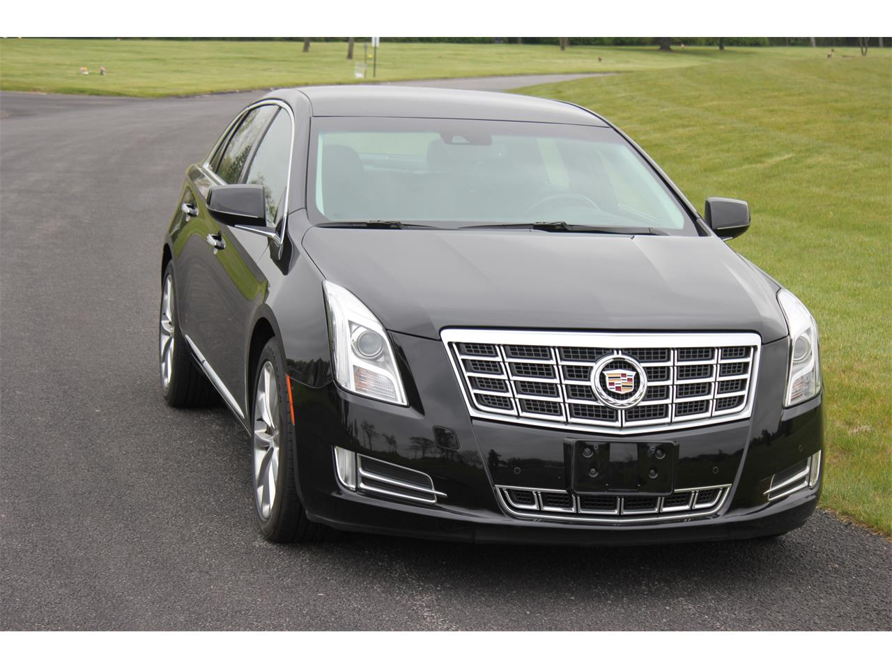 Large Picture of '13 XTS - L5E4