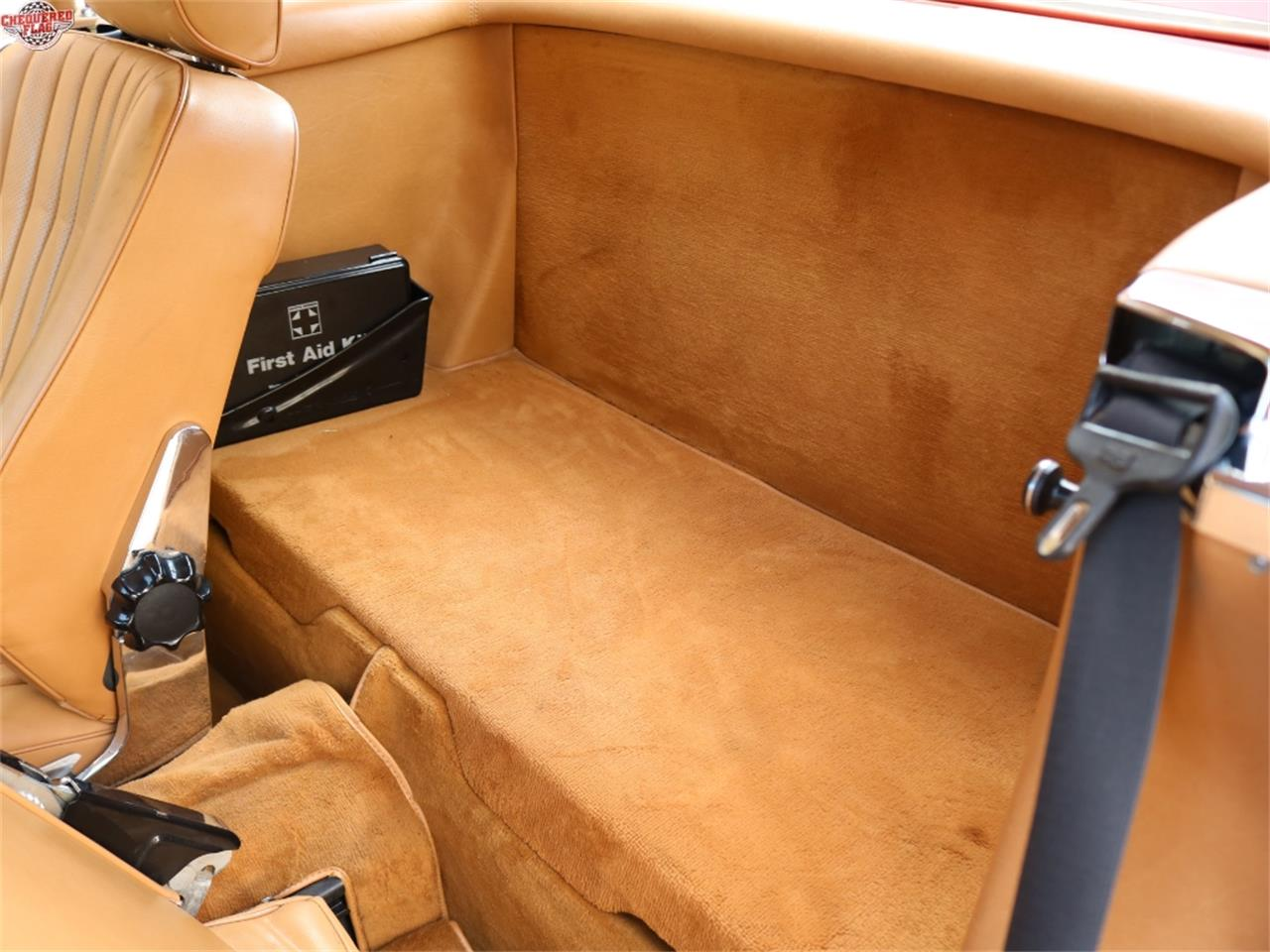 Large Picture of 1988 Mercedes-Benz 560 Offered by Chequered Flag International - L5LZ