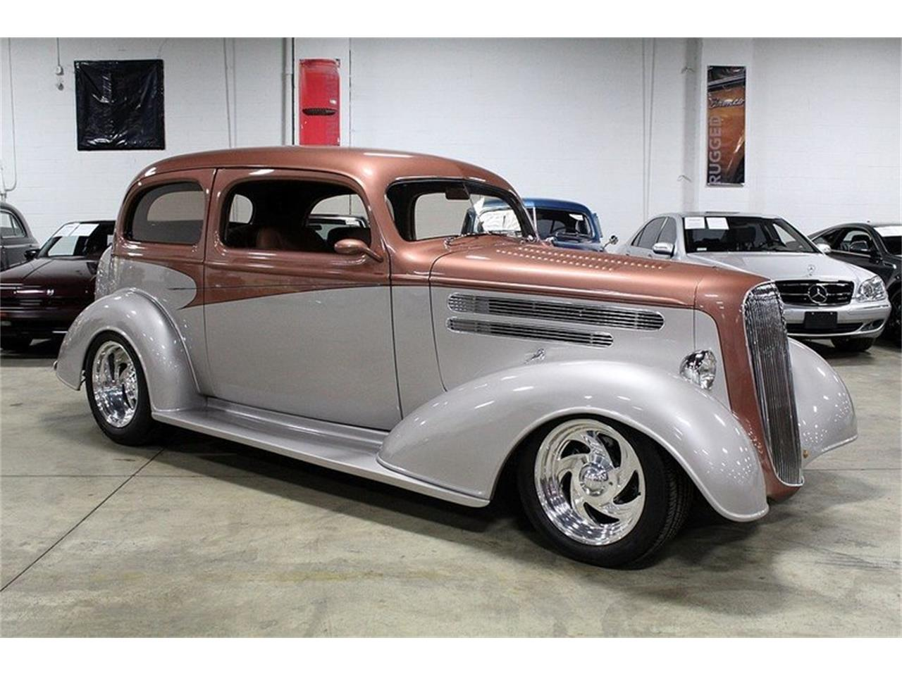 Large Picture of Classic 1936 Deluxe - $33,900.00 - L5NH