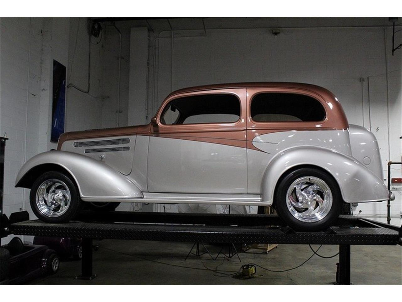 Large Picture of Classic 1936 Deluxe located in Michigan - L5NH