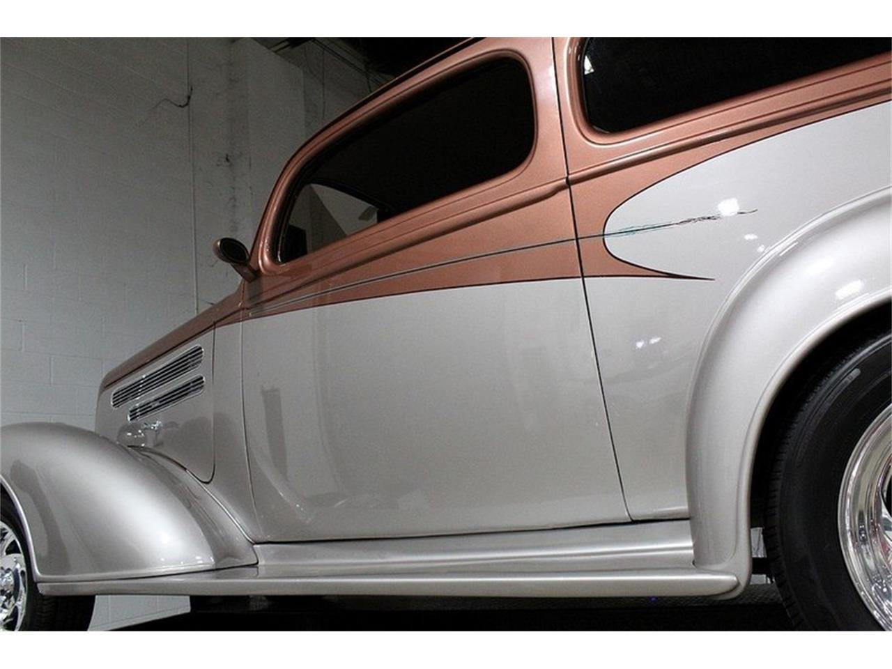 Large Picture of '36 Deluxe located in Kentwood Michigan Offered by GR Auto Gallery - L5NH
