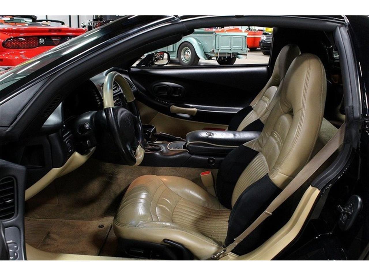 Large Picture of '98 Chevrolet Corvette - L5NJ