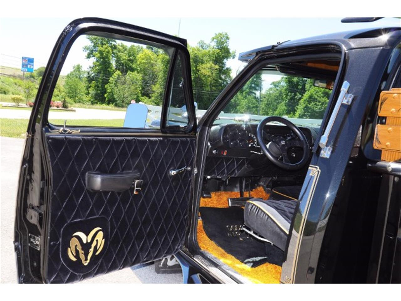 Large Picture of '77 Dodge Pickup located in Indiana Pennsylvania Offered by Hanksters Muscle Cars - L5P0