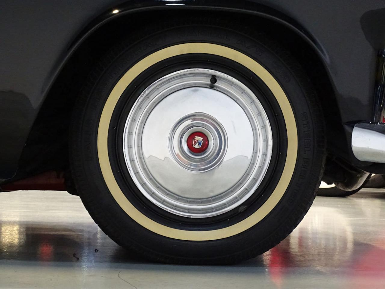 Large Picture of '56 Thunderbird - L5RF