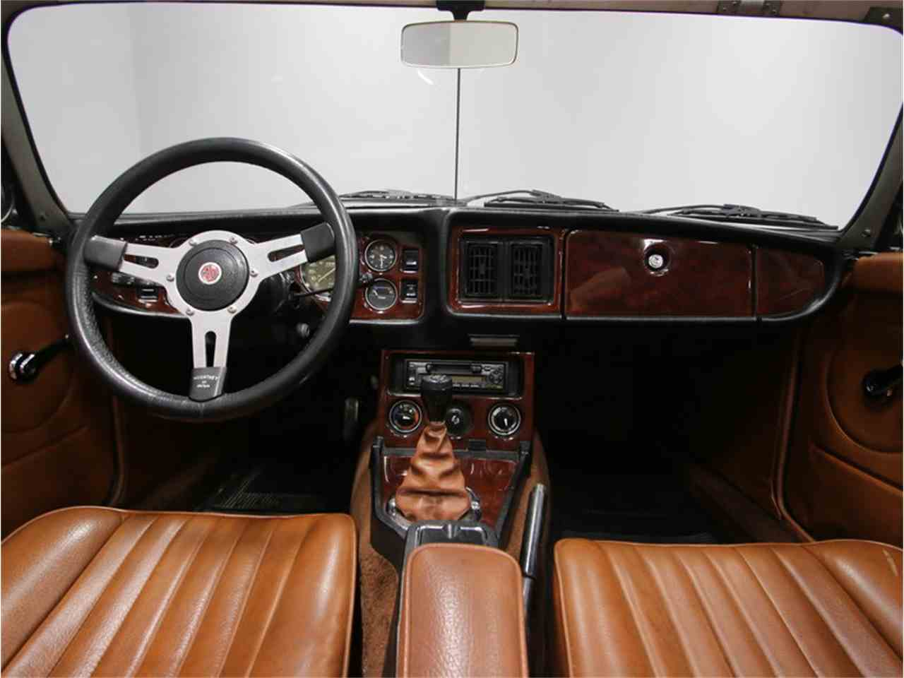 Large Picture of '77 MGB - L5SE