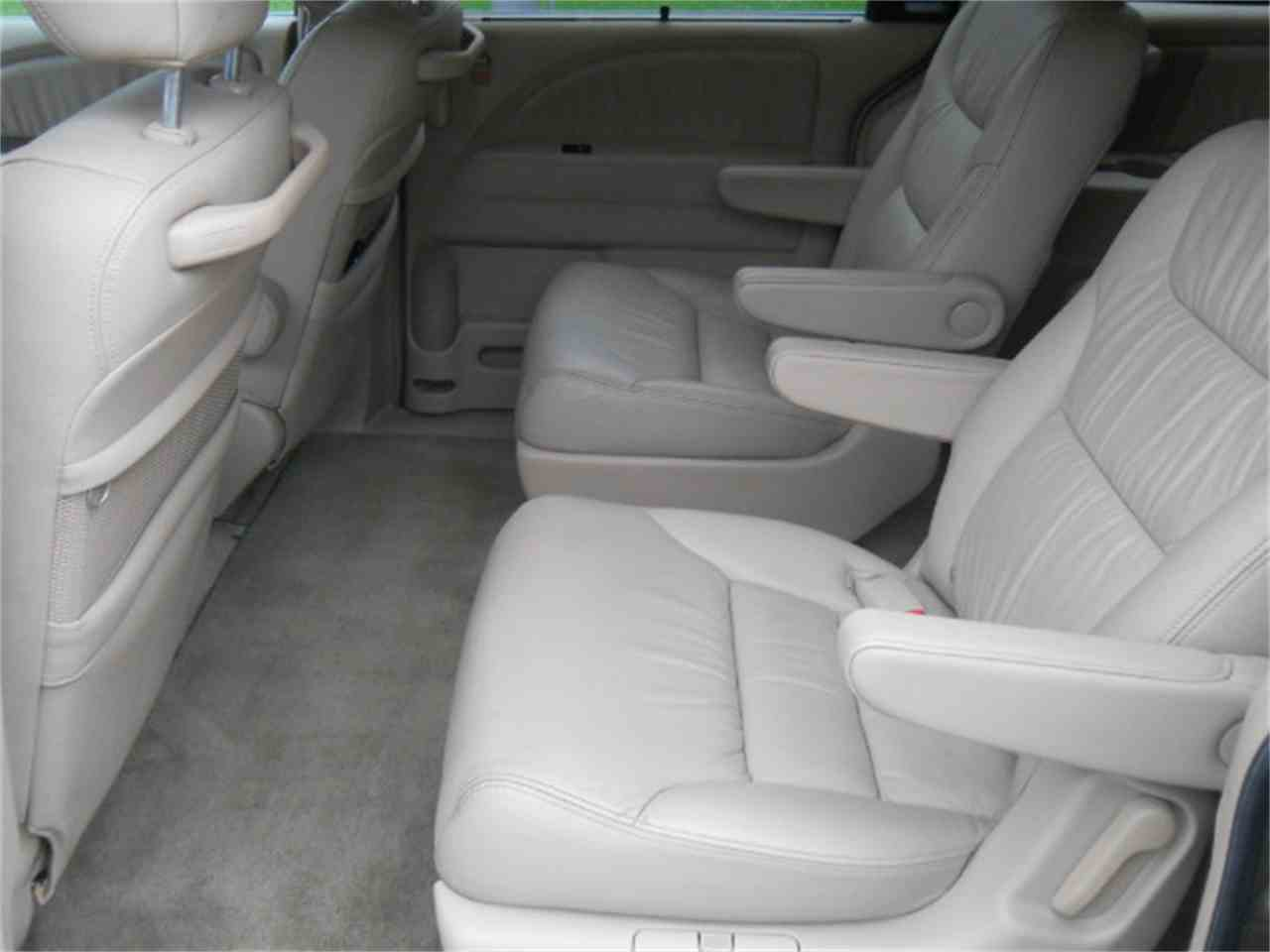 Large Picture of '06 Honda Odyssey - $7,450.00 Offered by AMG Auto Sales - L5SG