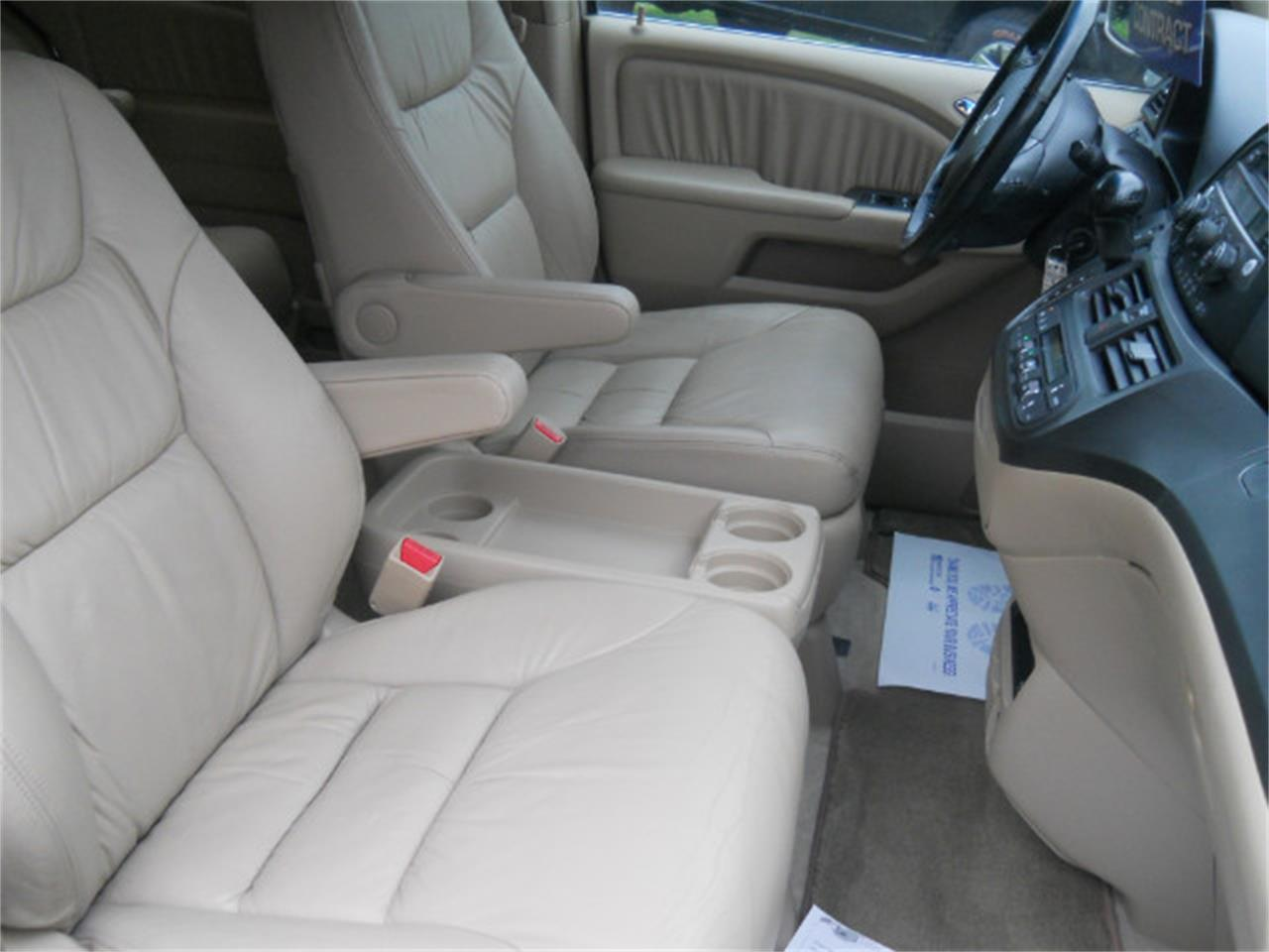 Large Picture of '06 Odyssey located in Raleigh North Carolina Offered by AMG Auto Sales - L5SG