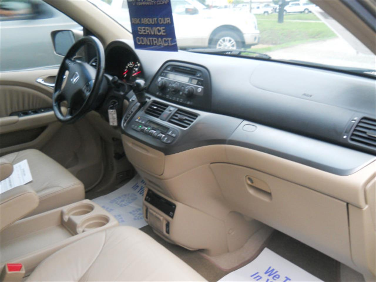 Large Picture of '06 Honda Odyssey located in North Carolina - $7,450.00 - L5SG