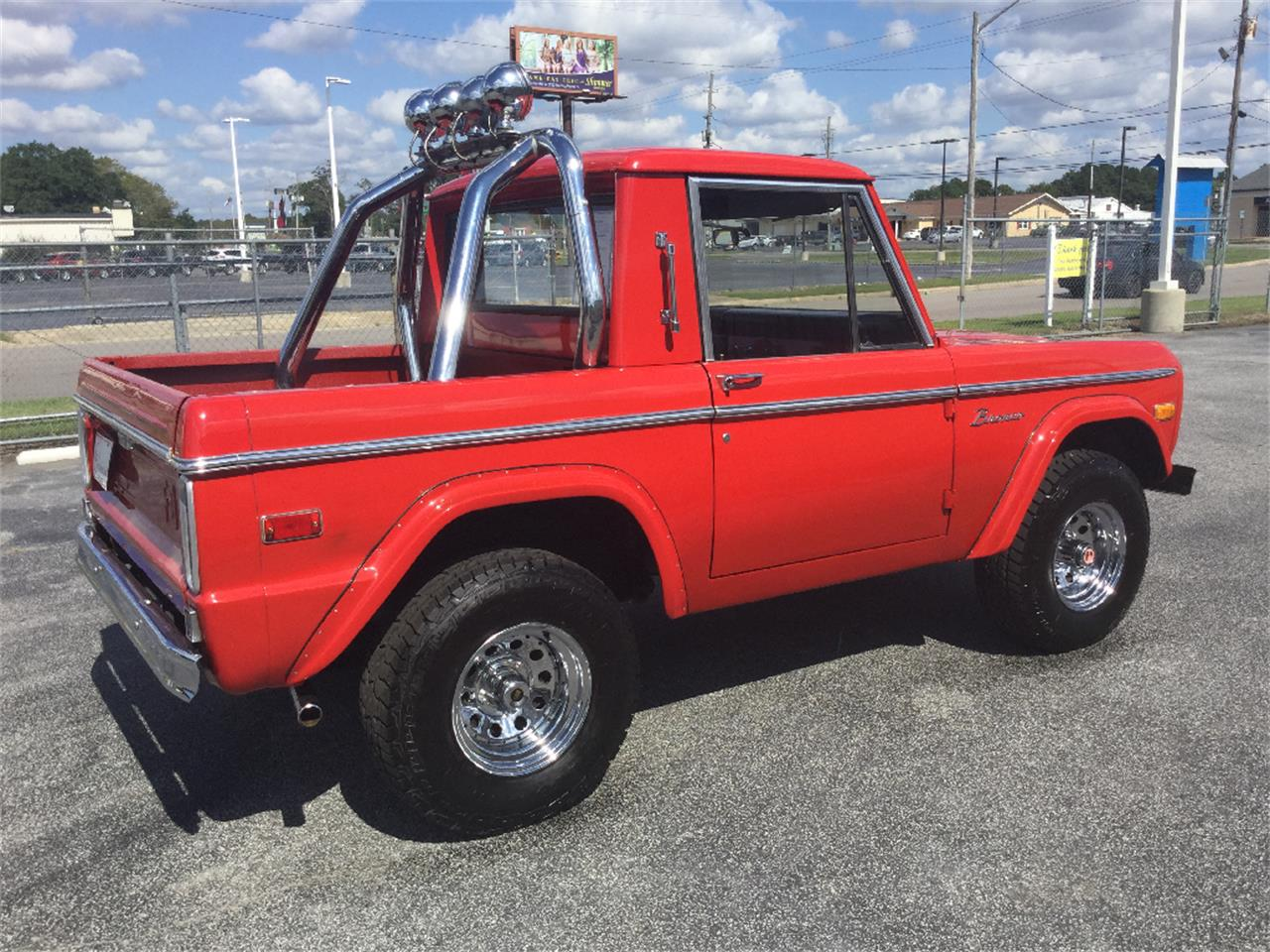 Large Picture of 1974 Ford Bronco located in Greenville North Carolina - $39,999.00 - L5TD
