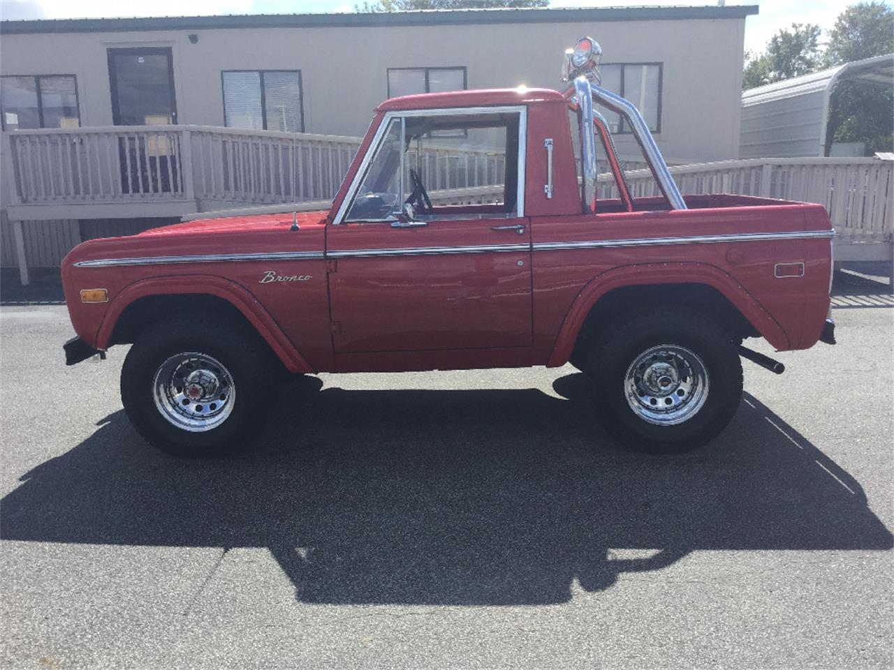 Large Picture of '74 Bronco - $39,999.00 Offered by Classic Connections - L5TD