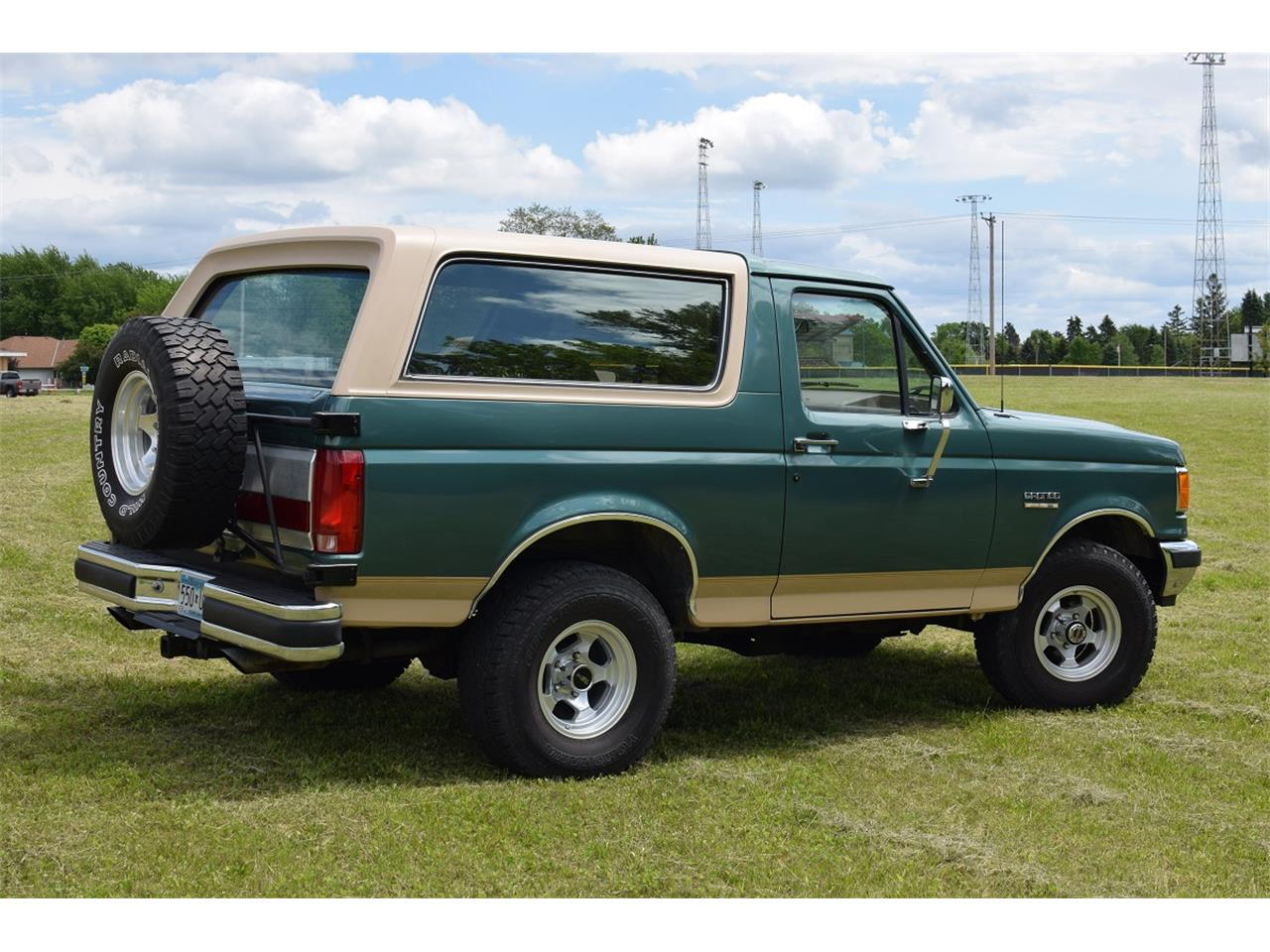 Large Picture of '98 Bronco located in Watertown Minnesota Offered by Hooked On Classics - L5VG