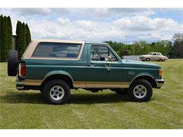 Picture of '98 Bronco located in Watertown Minnesota Offered by Hooked On Classics - L5VG