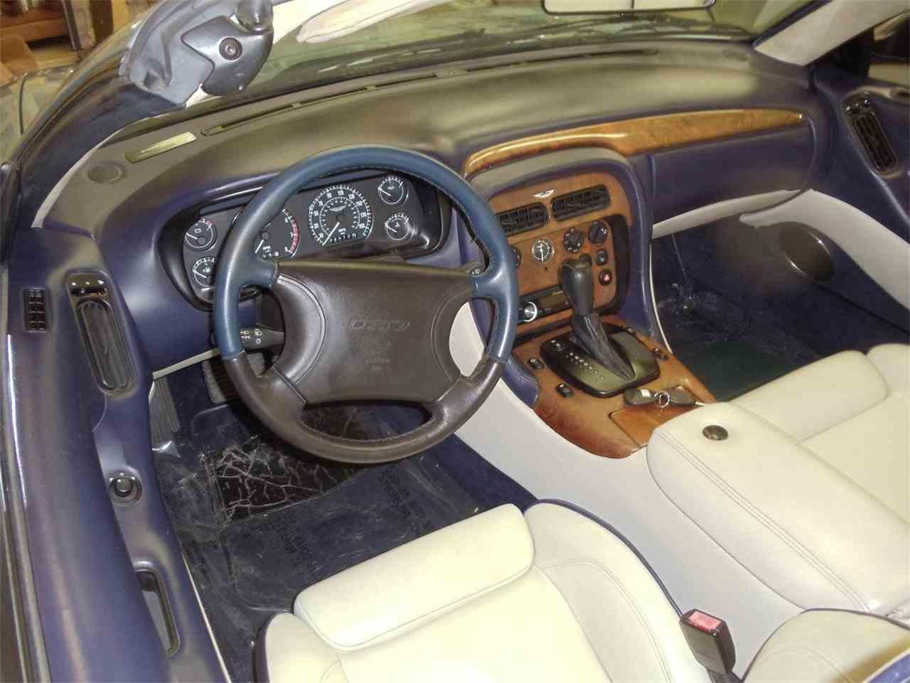 Large Picture of 2000 Aston Martin DB7 Vantage Volante Auction Vehicle - L5VQ