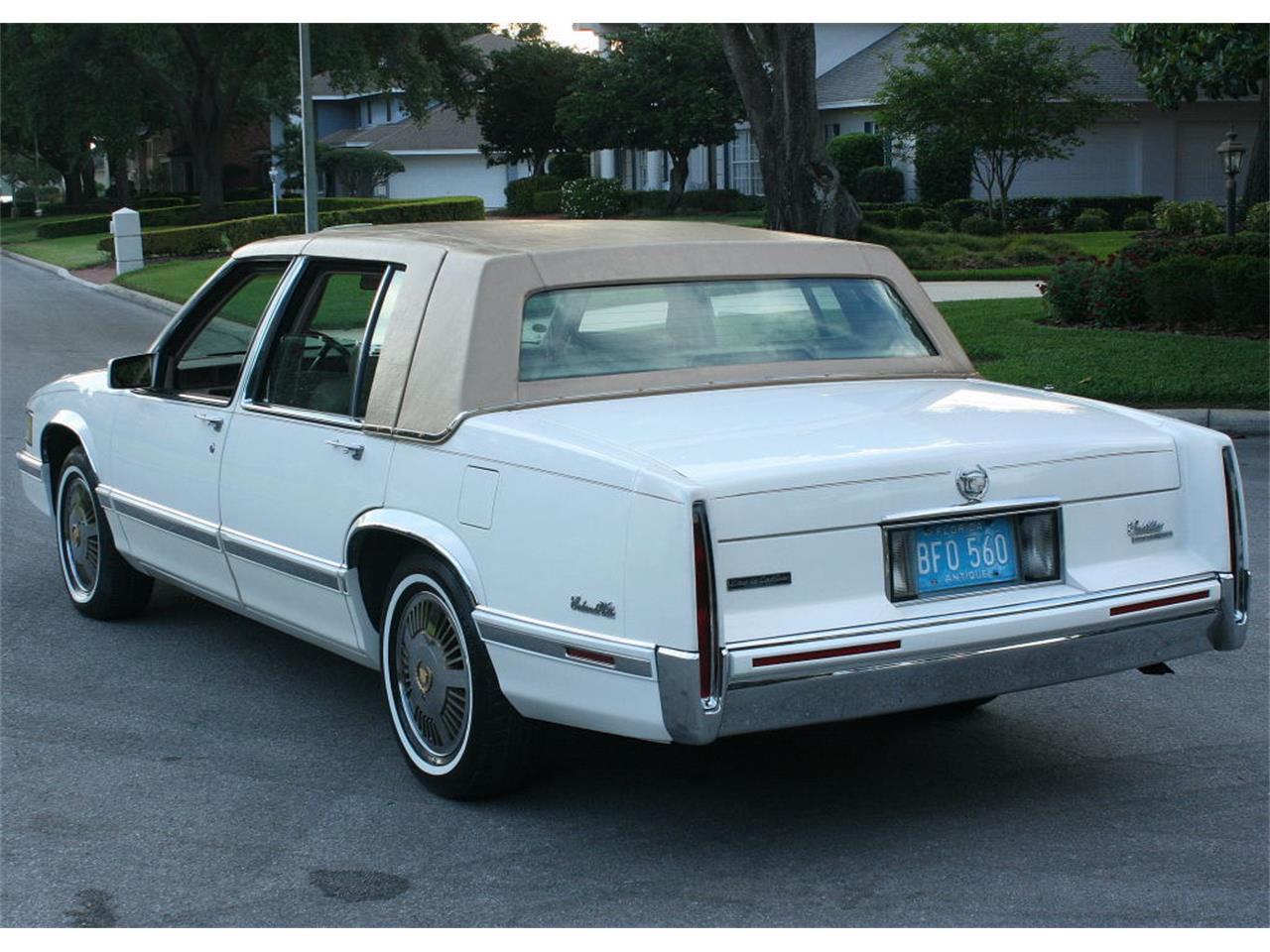 Large Picture of 1991 Cadillac Sedan - L5XM