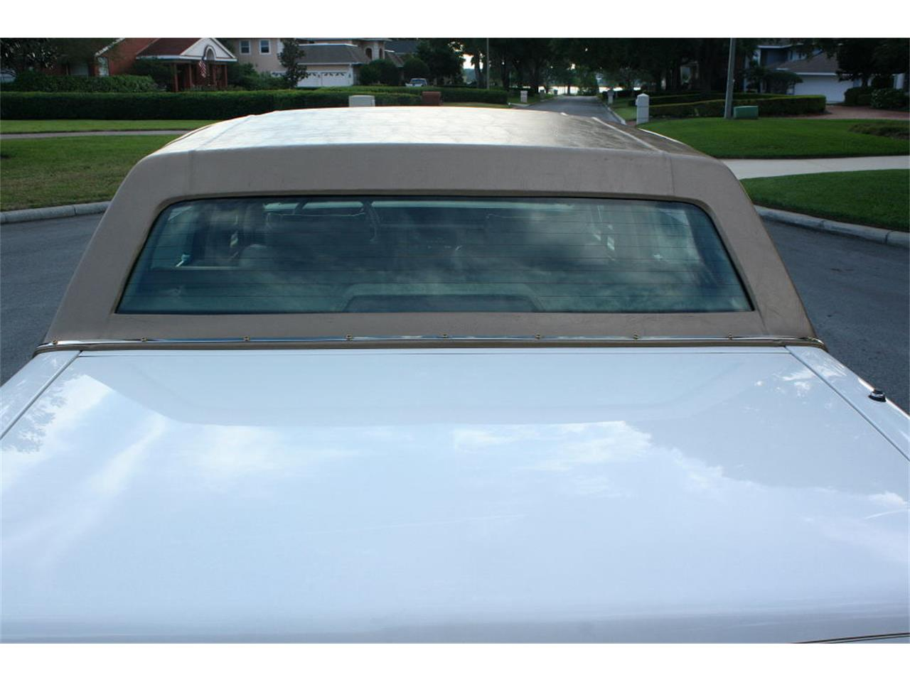 Large Picture of '91 Sedan located in Florida - $9,500.00 - L5XM