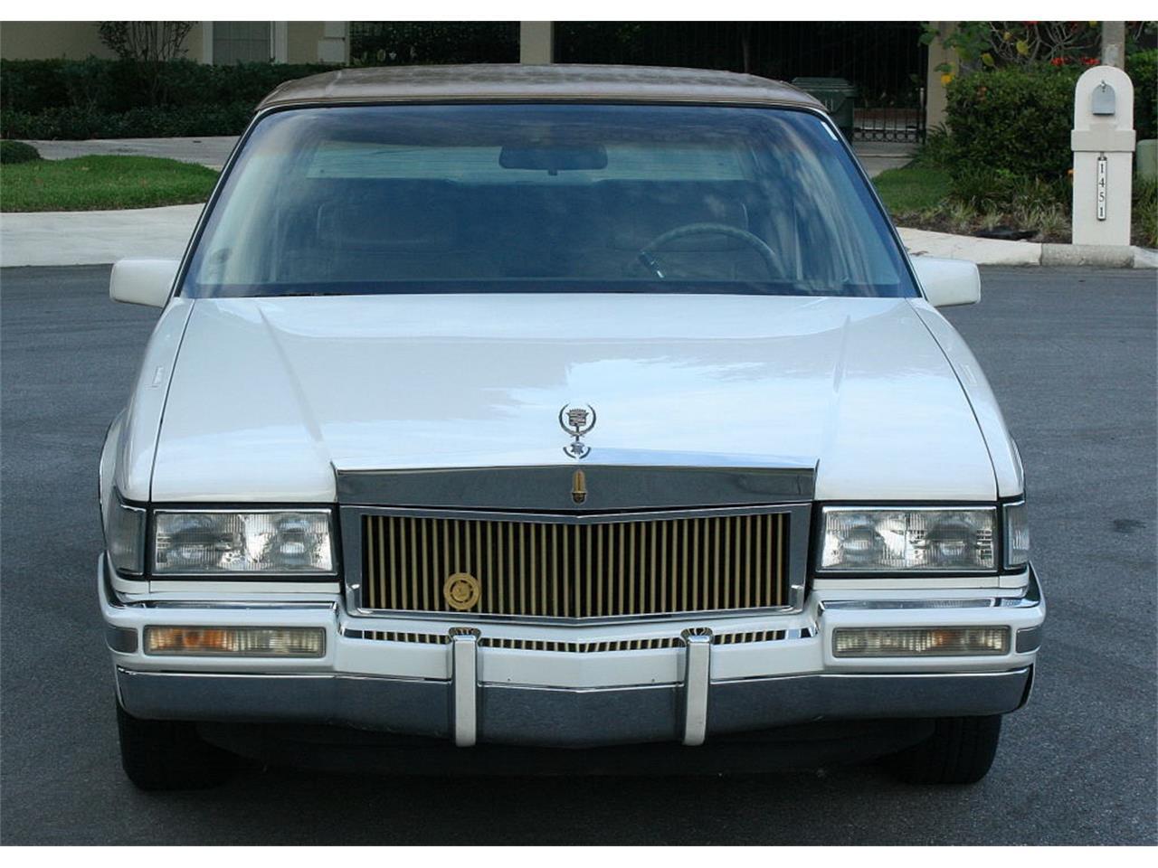 Large Picture of 1991 Sedan located in Lakeland Florida - L5XM