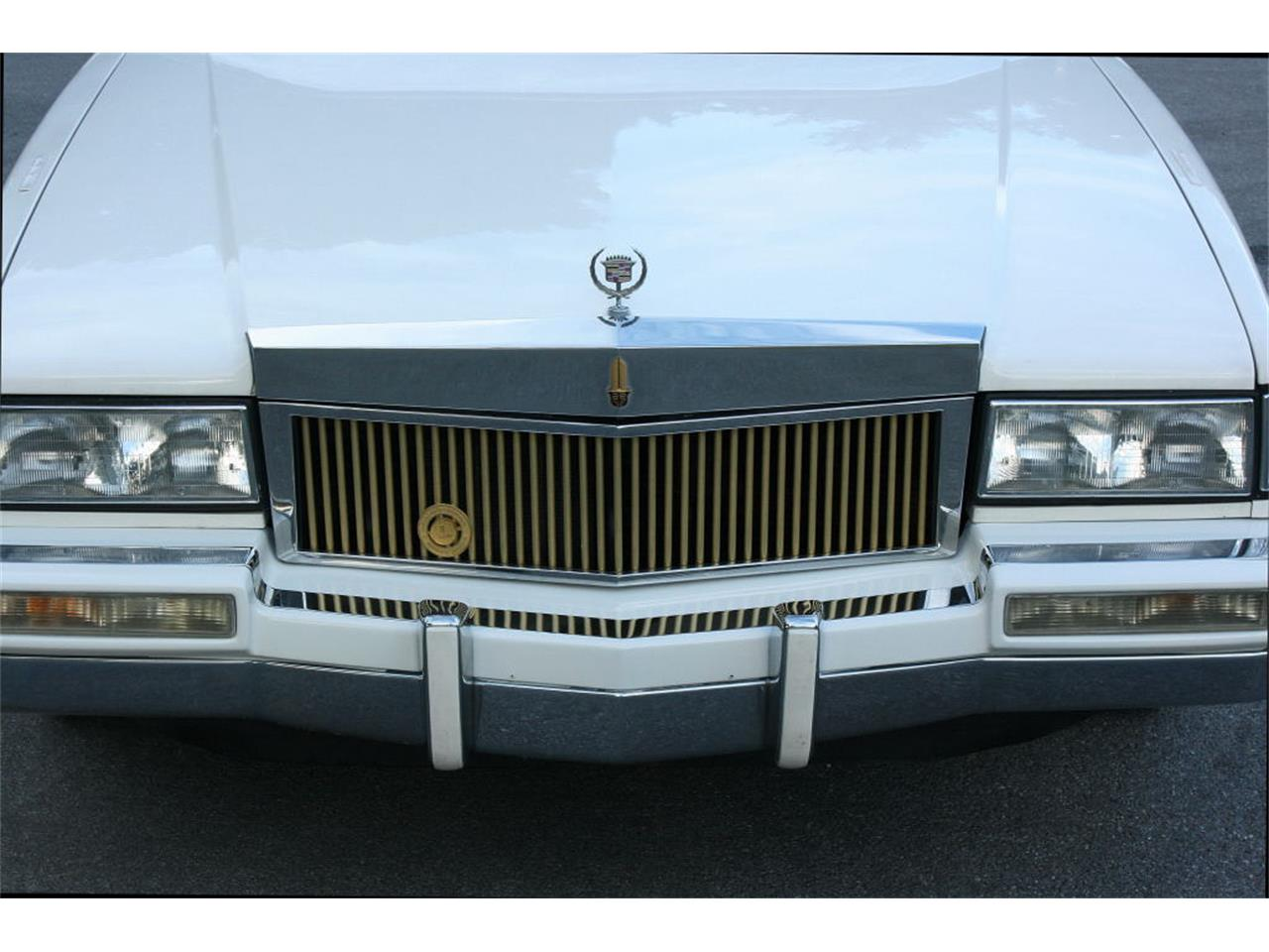 Large Picture of 1991 Cadillac Sedan located in Lakeland Florida - $9,500.00 Offered by MJC Classic Cars - L5XM