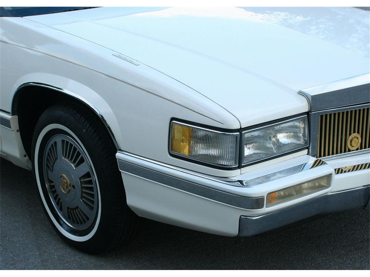 Large Picture of '91 Cadillac Sedan located in Lakeland Florida Offered by MJC Classic Cars - L5XM