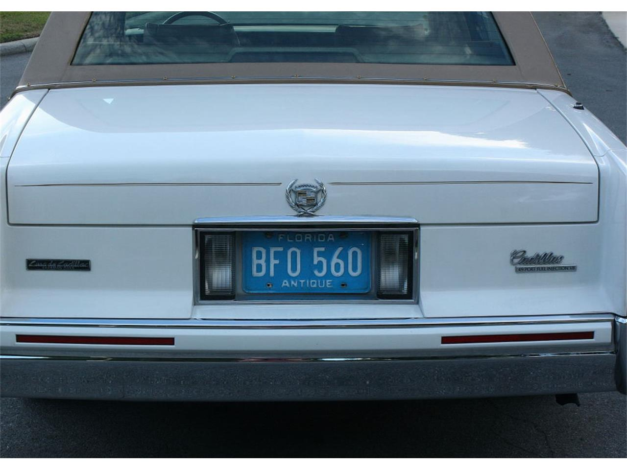 Large Picture of '91 Sedan Offered by MJC Classic Cars - L5XM