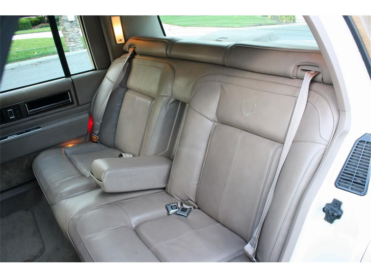 Large Picture of 1991 Cadillac Sedan located in Lakeland Florida - L5XM