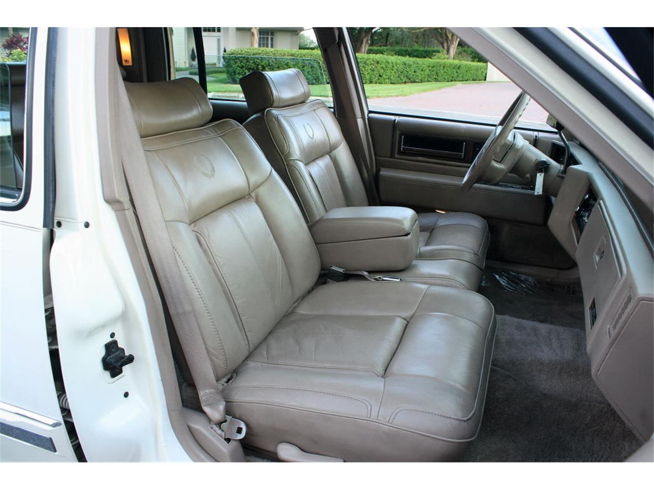 Large Picture of 1991 Sedan located in Lakeland Florida Offered by MJC Classic Cars - L5XM