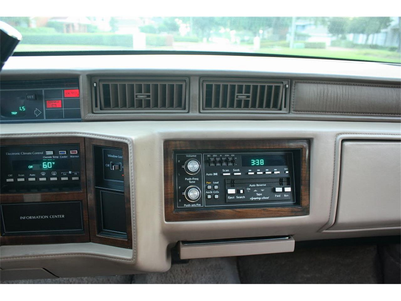 Large Picture of '91 Cadillac Sedan Offered by MJC Classic Cars - L5XM