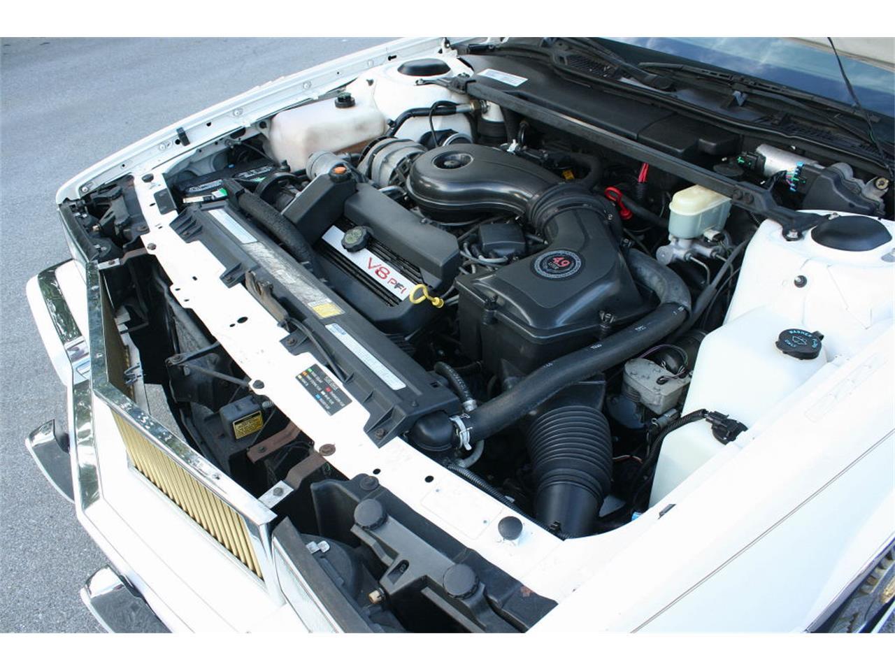 Large Picture of '91 Sedan located in Lakeland Florida - L5XM