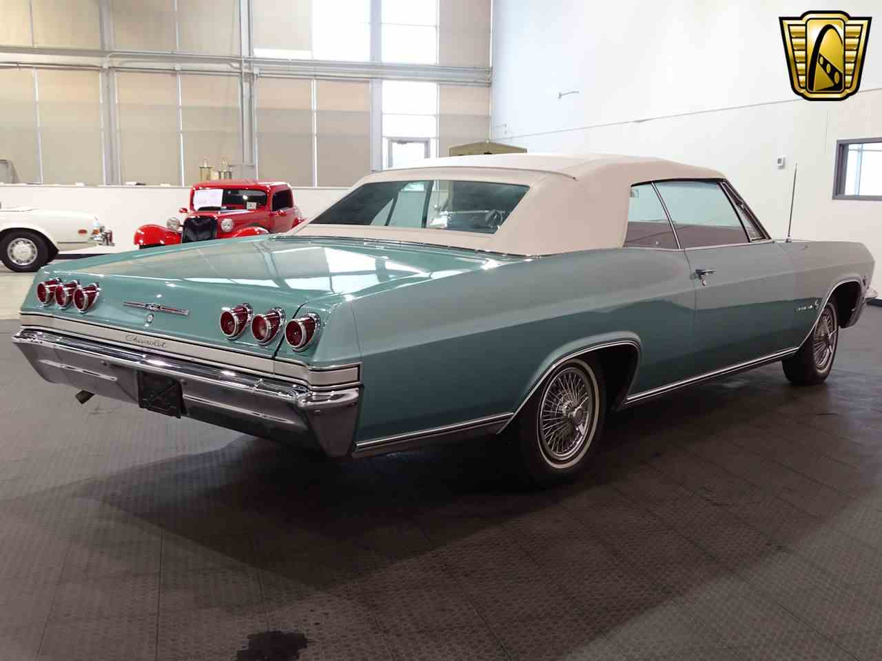 Large Picture of '65 Impala located in Indianapolis Indiana Offered by Gateway Classic Cars - Indianapolis - L5YV